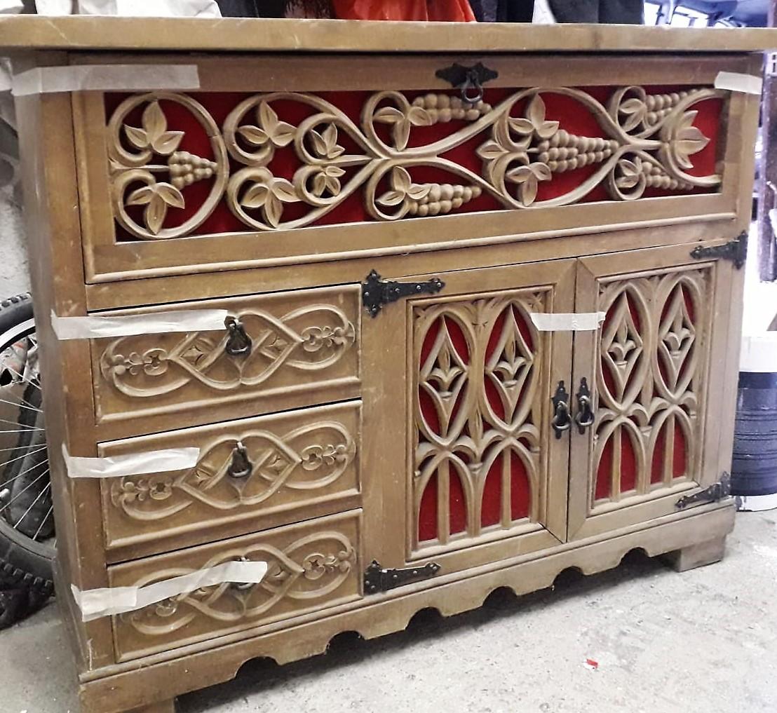 Art i Decoració restaura tots aquells mobles que han quedat antics o que ja no encaixen amb la decoració actual de la teva llar